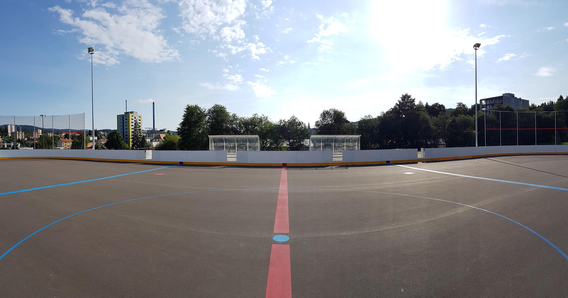 Inauguration du nouveau terrain de street-hockey